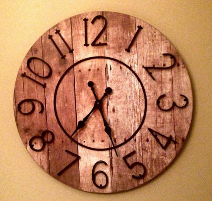 Horloges murales originales free horloge pendule diy for Horloge originale salon