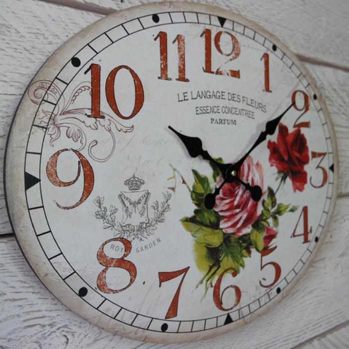 grande-horloge-murale-motif-floral-vintage
