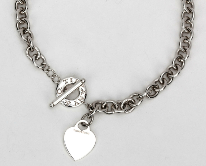 gros-collier-femme-Tiffany-coeur-resized