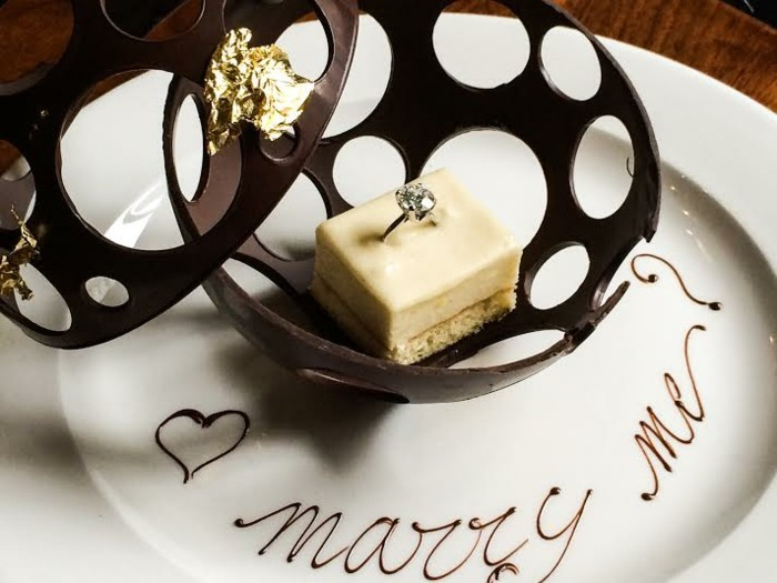 idée-demande-en-mariage-originale-idée-aimer-les-desserts-au-chocolat