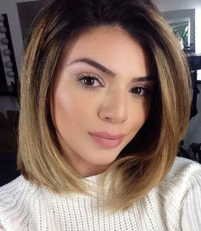 idée-pour-coiffure-coupes-de-cheveux-mi-longs-coiffure-Vanessa Hudgens