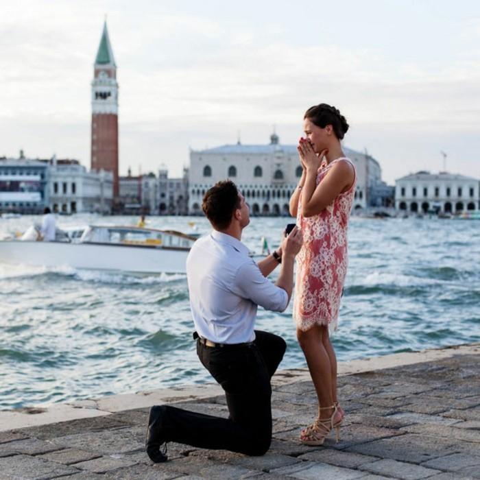 jeste-romantique-demande-acte-de-mariage-venise