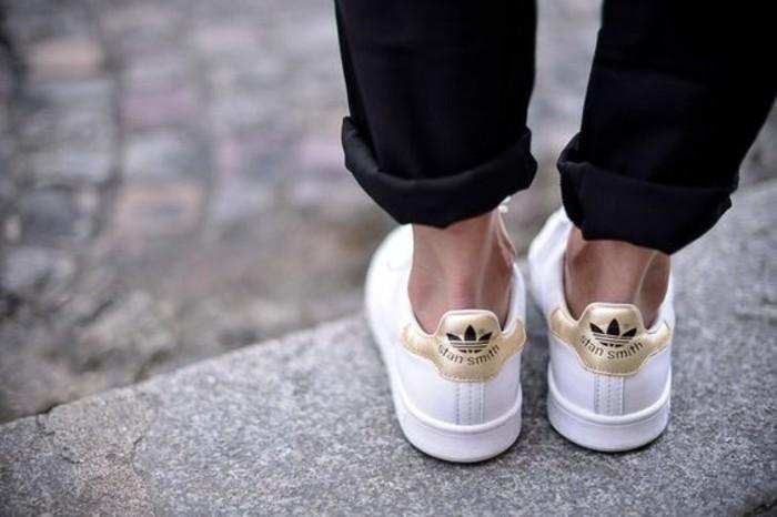 joli-modele-de-stan-smith-gold-basket-pas-cher-femme-tendance-de-la-mode