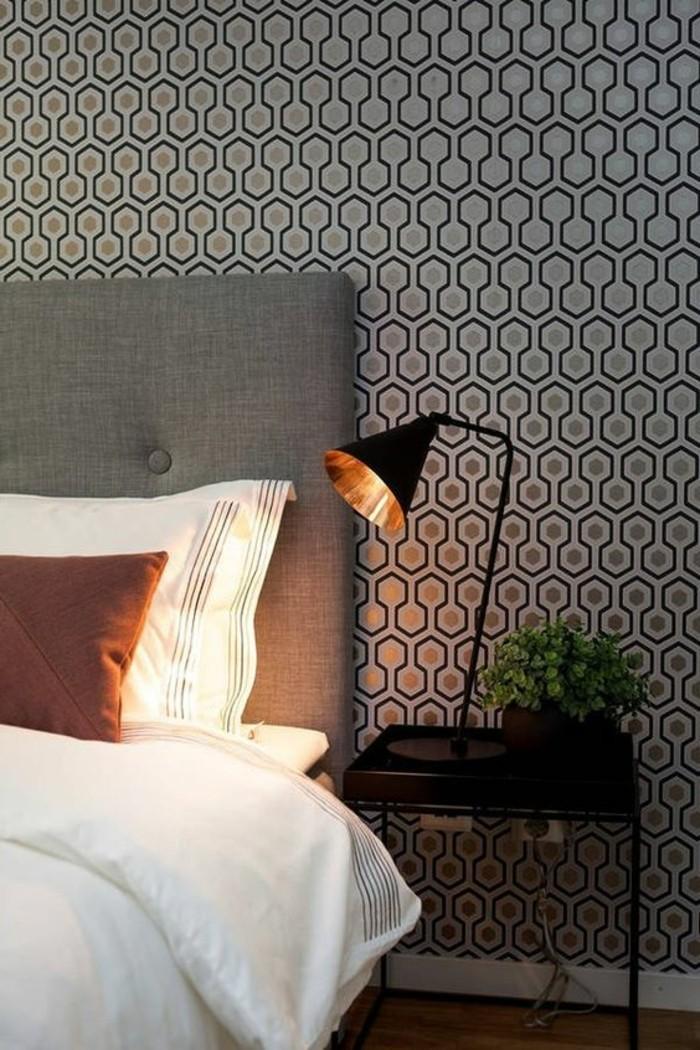 jolie-chambre-a-coucher-revetement-mural-en-papier-peint-castorama-design-classiqe