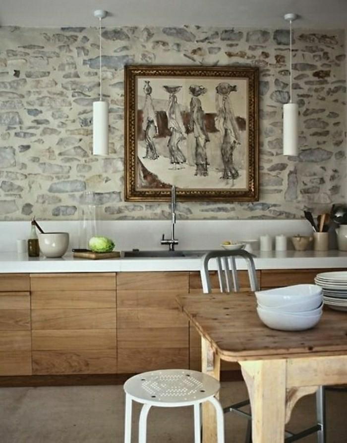 jolie-cuisine-avec-pierres-de-parement-meubles-en-bois-clair-meubles-cuisine-chic-resized