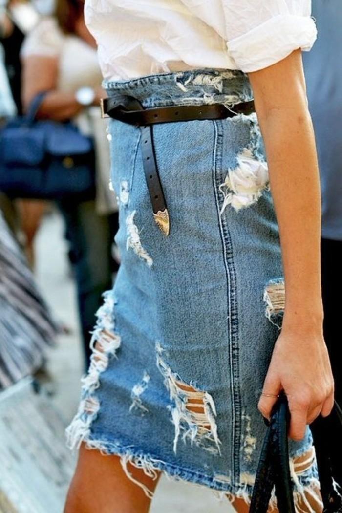 jupe-mi-longue-en-denim-comment-porter-une-jupe-en-denim-zara-jupe-denim-tendances-de-la-mode