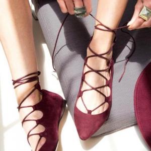 La ballerine - une chaussure indémodable qui connait de nombreuses déclinaisons