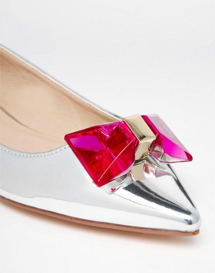 la-ballerine-soulier-plat-argenté-style-tendance