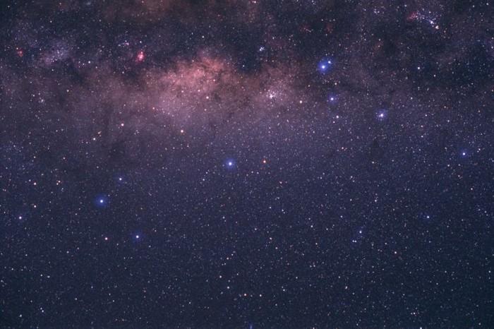 le-ciel-etoile-ciel-nocturne-ciel-étoilé-led-cool-violet