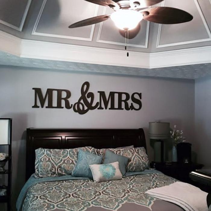 la lettre murale cr ation unique pour une d coration murale r ussie. Black Bedroom Furniture Sets. Home Design Ideas