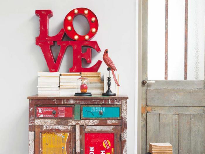 La lettre murale cr ation unique pour une d coration murale r ussie archz - Deco lettres murales ...