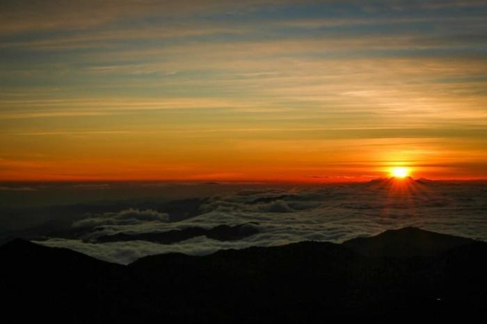 levée-du-soleil-paysages-le-soleil-se-leve-original-ciel
