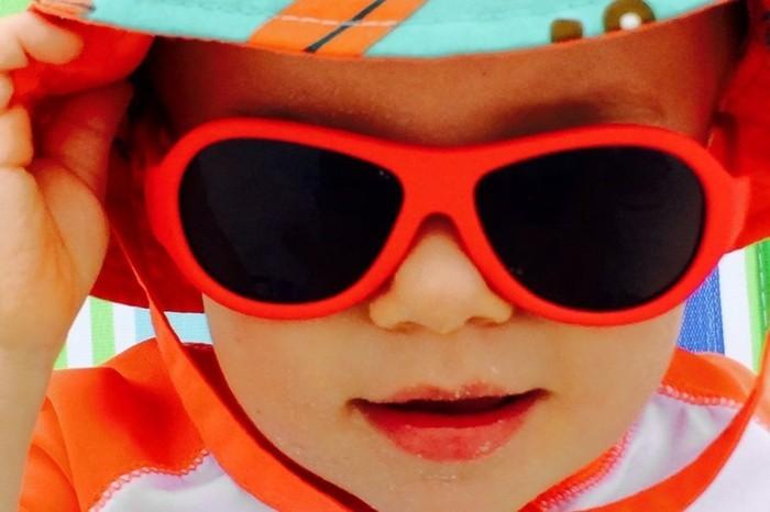 lunette-de-soleil-de-marque-petits-anges-resized