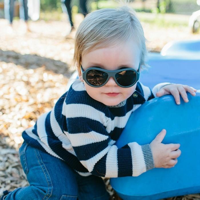 lunettes-de-soleil-solides-miroitantes-multi-reflets-resized