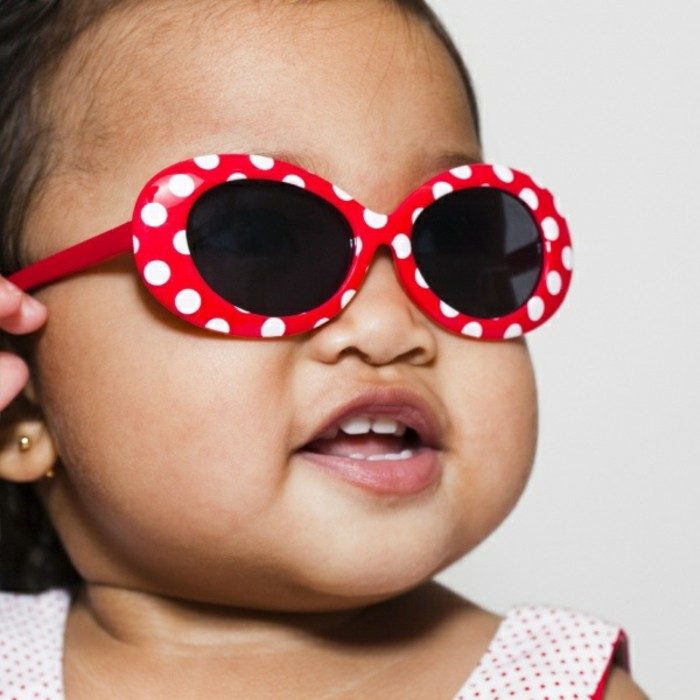 lunettes-soleil-enfant-au-beau-fixe-resized