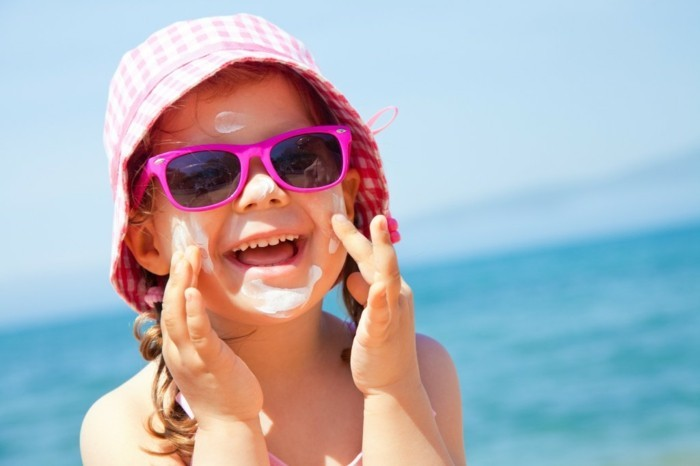 lunettes-soleil-enfant-bonheur-absolu-resized