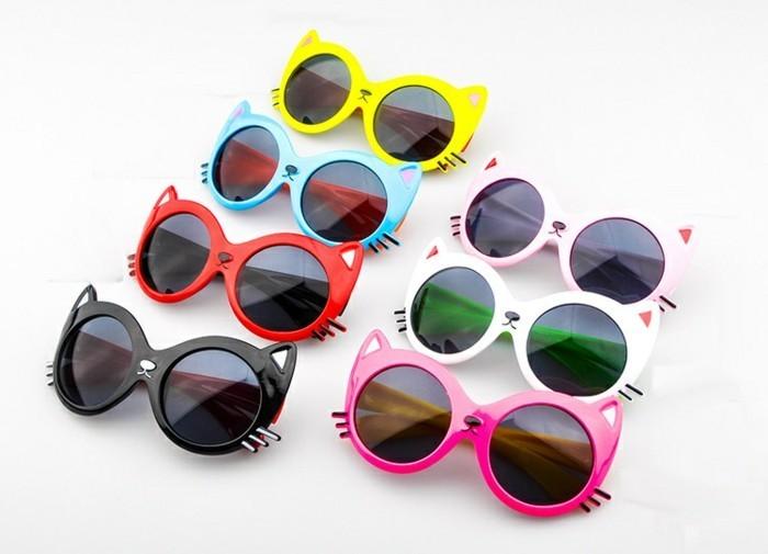 lunettes-soleil-enfant-en-forme-de-tete-de-chat-bien-coquettes-resized