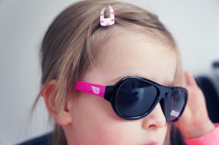lunettes-soleil-enfant-princesse-a-papa-coiffure-blonde-resized