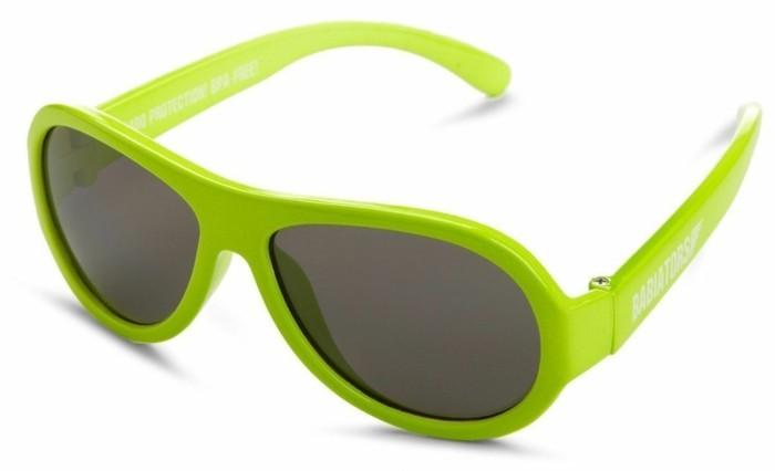 lunettes-soleil-enfant-vert-reseda-chou-resized