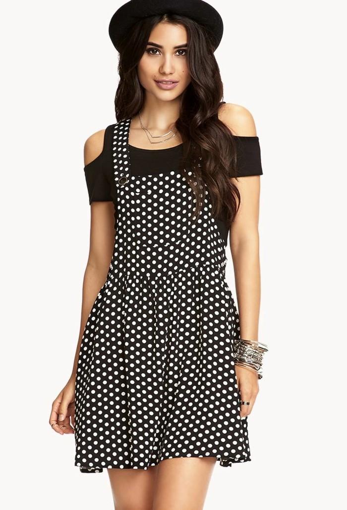 magnifique-combinaison-short-robes-zara-à-la-mode-noir-avec-blanc-points