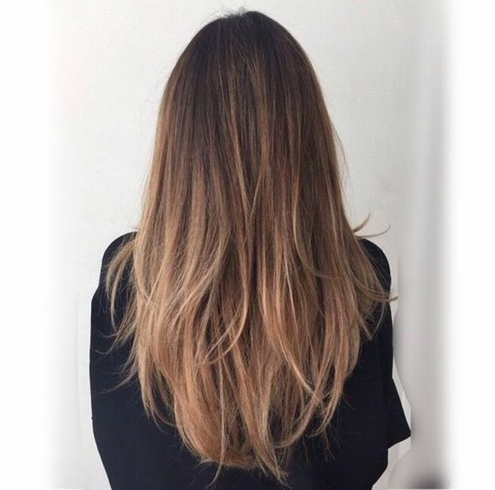 meche,caramel,balayage,chatain,coupe,de,cheveux,idee