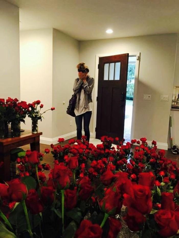 milles-roses-plus-belle-demande-de-mariage-original-cool-idée