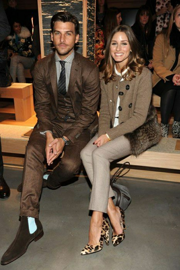 olivia-palermo-les-couples-elegantes-talons-hauts-dessin-animal-femme-veste-beige