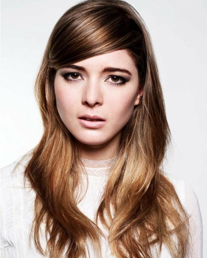 optique-beauté-balayage-sur-cheveux-chatain-foncé-superbe