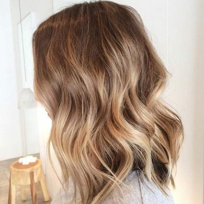 optique-beauté-balayage-sur-cheveux-chatain-foncé