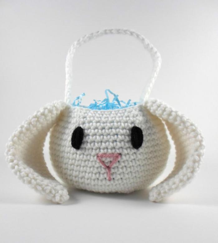 panier-de-paques-lapin-tricot