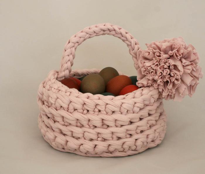 panier-de-paques-corbeille-à-oeufs-rose