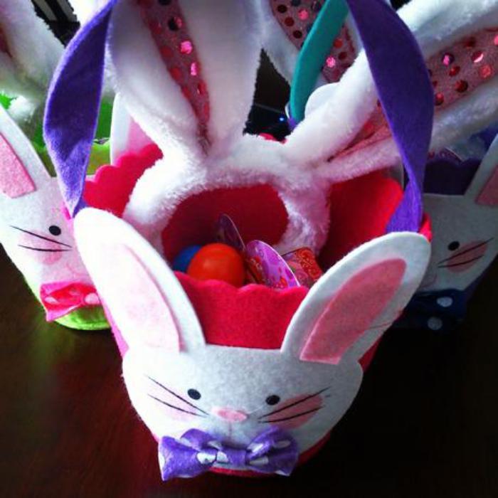 panier-de-paques-lapins-mignons-paniers-à-oeufs-de-paques