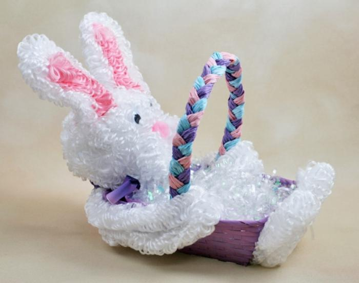 panier-de-paques-lapin-blanc