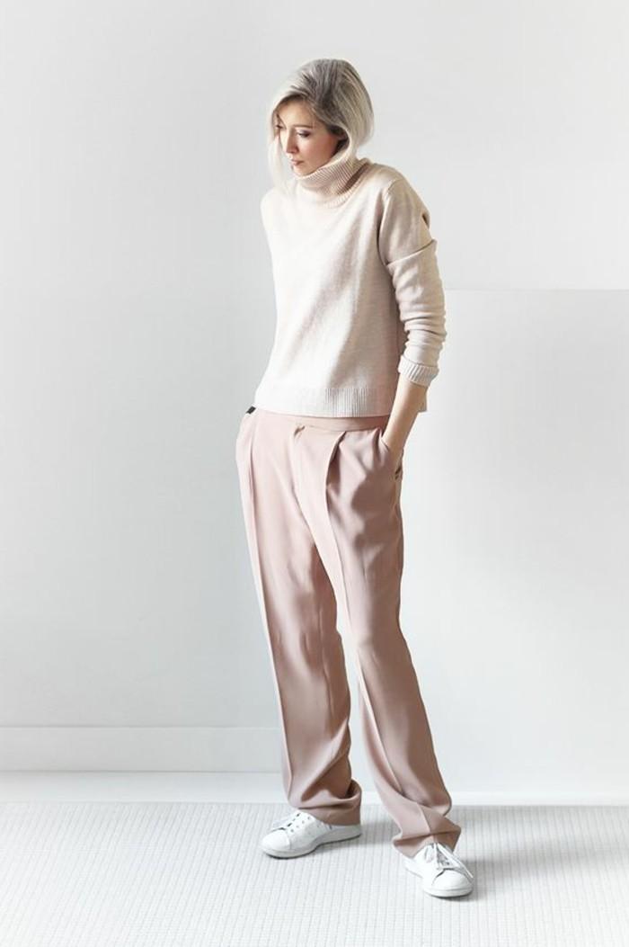 pantalon-elegant-en-rose-pale-blouse-beige-cheveux-blonds-tendances-de-la-mode