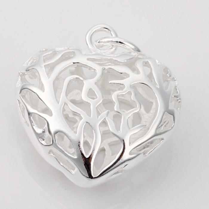 pendentif-argent-coeur-aux-arabesques-resized