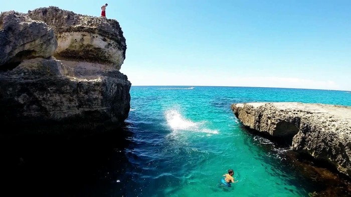piscine-en-pierre-naturelle-piscine-naturelles