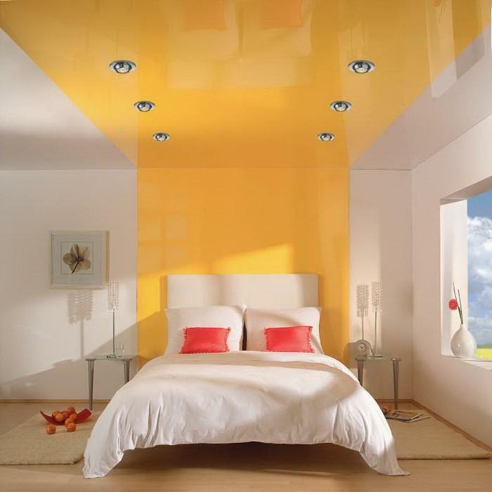 plafond-design-en-blanc-et-orange-resized
