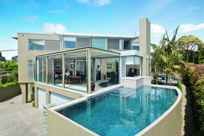 80 maisons contemporaines et futuristes qui vont vous for Maison en bois modele