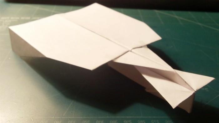 pliage-avion-papier-a4-meilleur-avion-en-papier