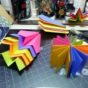 Comment faire un avion en papier - astuces et modèles pour rigoler avec vos enfants!