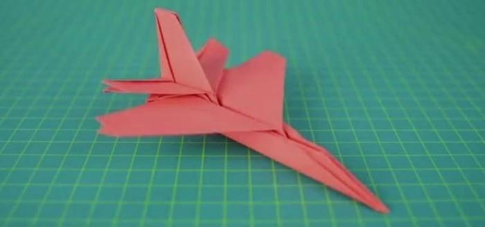 pliage-de-papier-comment-faire-des-avions-en-papier-pliage-de-papier