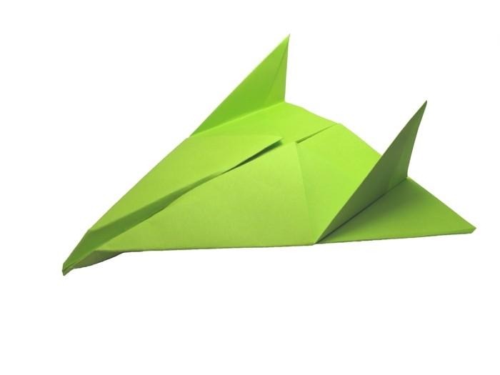pliage-papier-origami-avion-faire-un-avion-en-papier