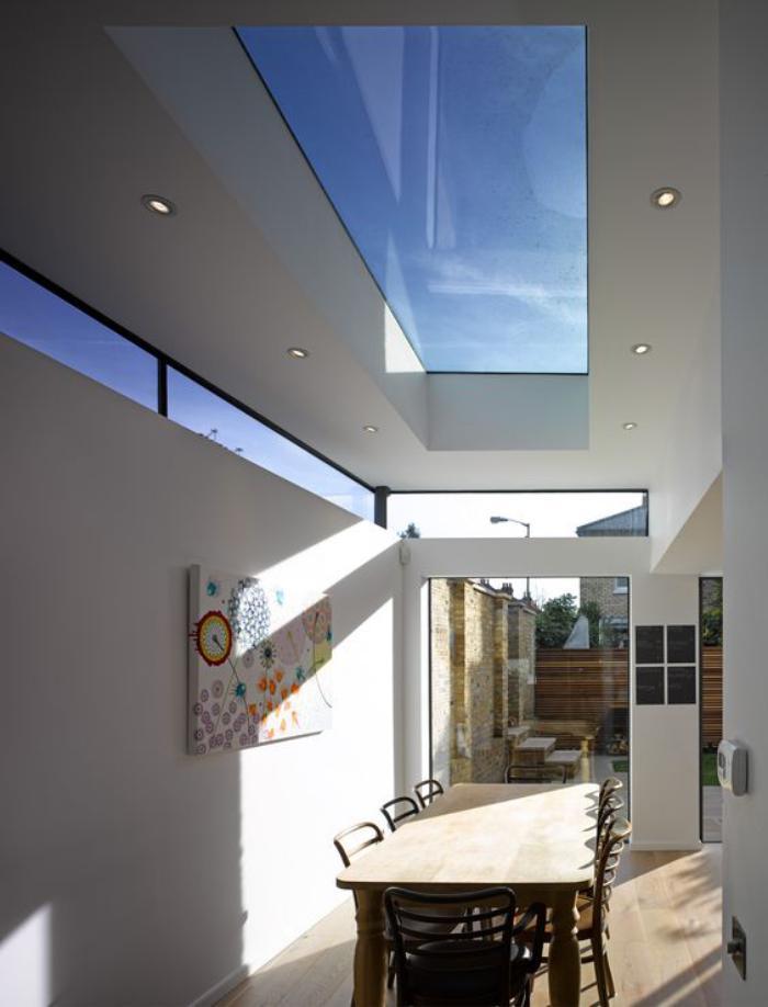 puits-de-lumière-aménagement-de-maison-moderne-cuisine-avec-source-de-lumière