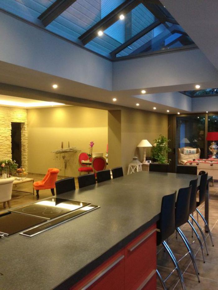 puits-de-lumière-architecture-intéressante-cuisine-espace-ouvert