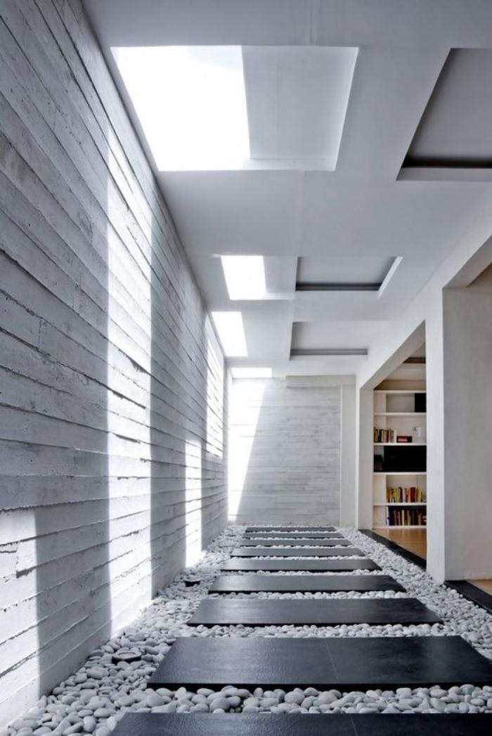 puits-de-lumière-décoration-intérieure-avec-galets
