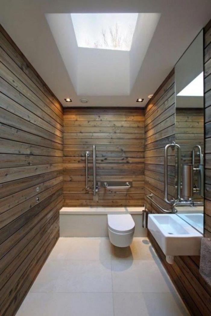 puits-de-lumière-salle-de-bains-lambris-mural-bois