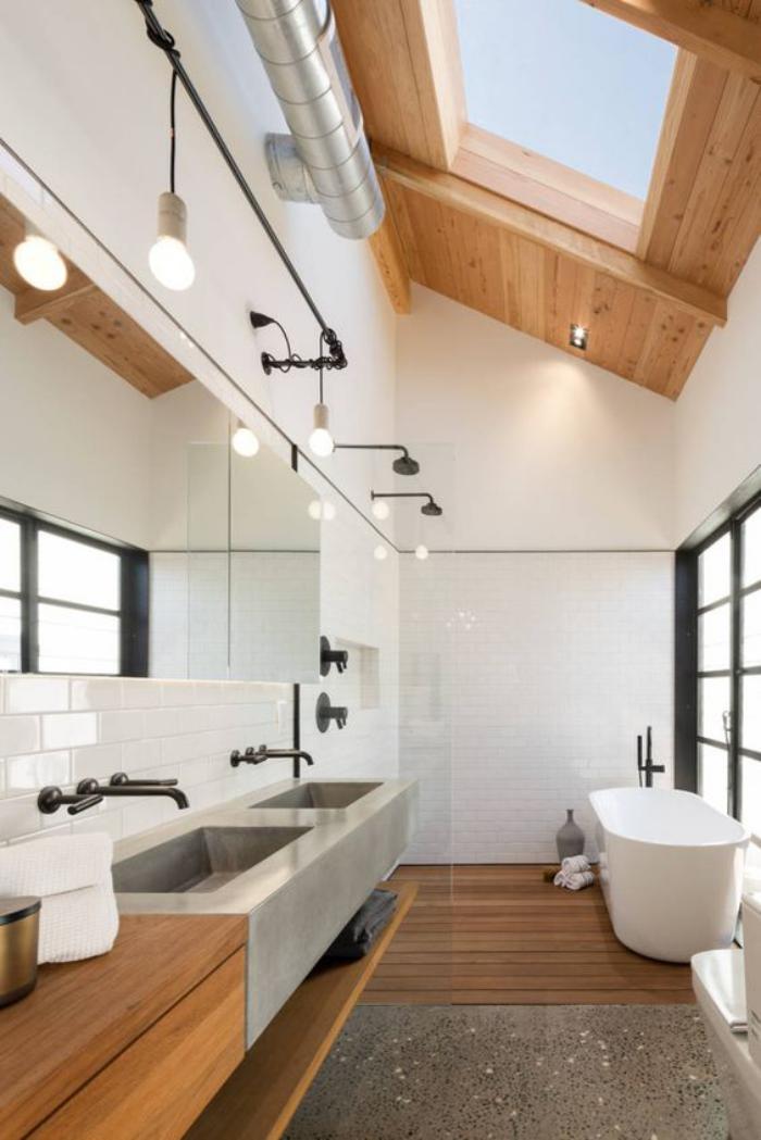 puits-de-lumière-sur-le-toit-de-la-salle-de-bains