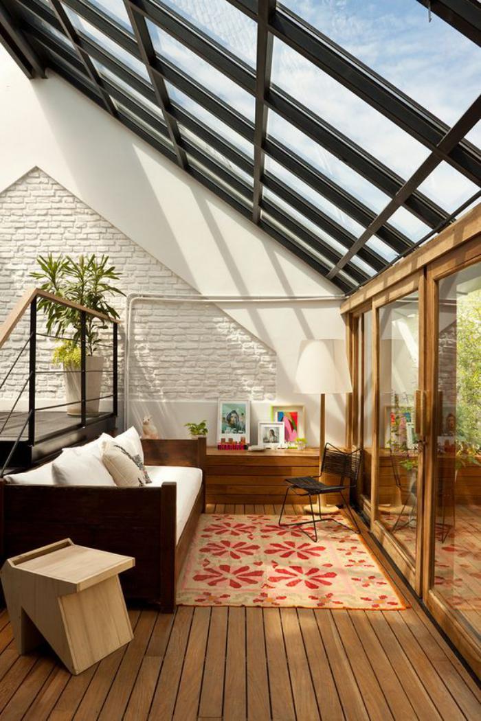 puits-de-lumière-verrière-de-toit-géante-pièce-commode-et-belle