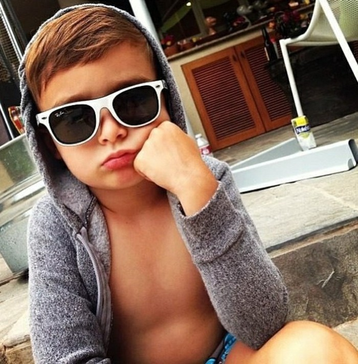 rayban-enfant-gros-sourire-grande-classe-resized