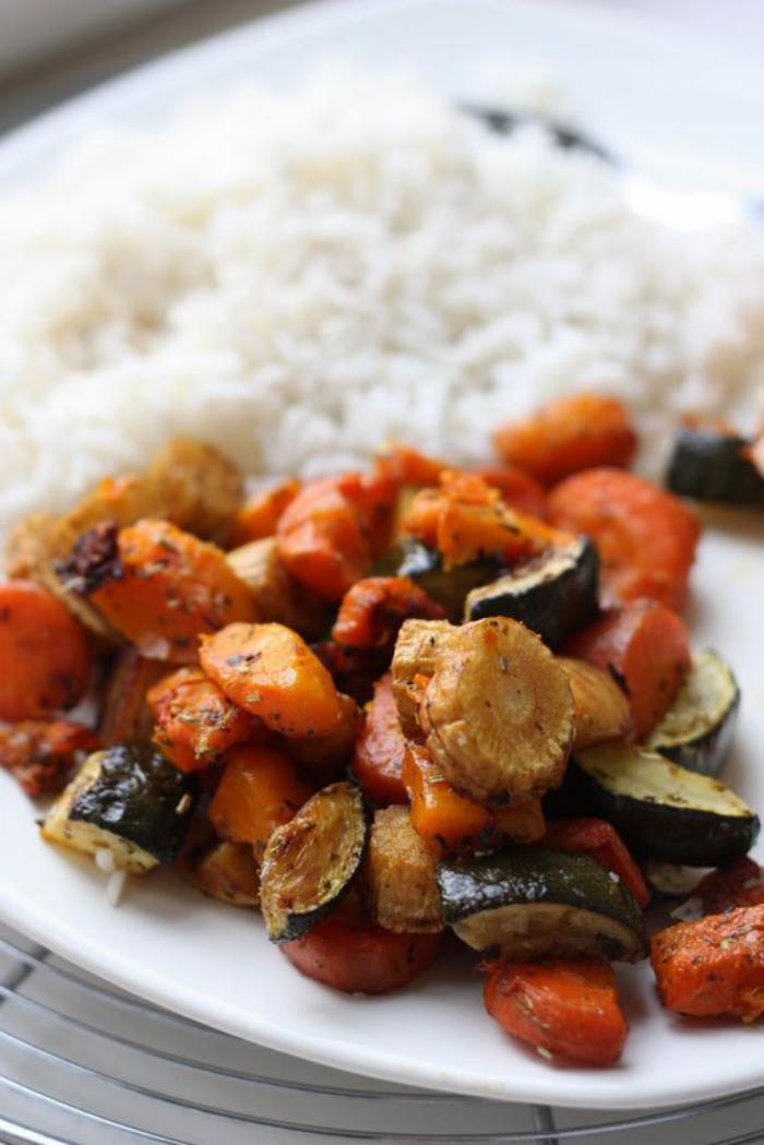 repas-diététique-des-légumes-rôtis-super-délicieux